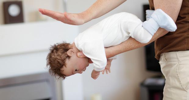 bebé engasgado
